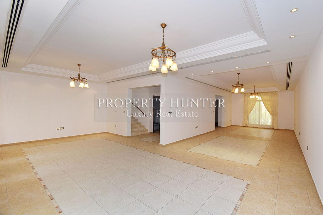 4+Maid Bedroom Villa in compound in Doha - West Bay Lagoon