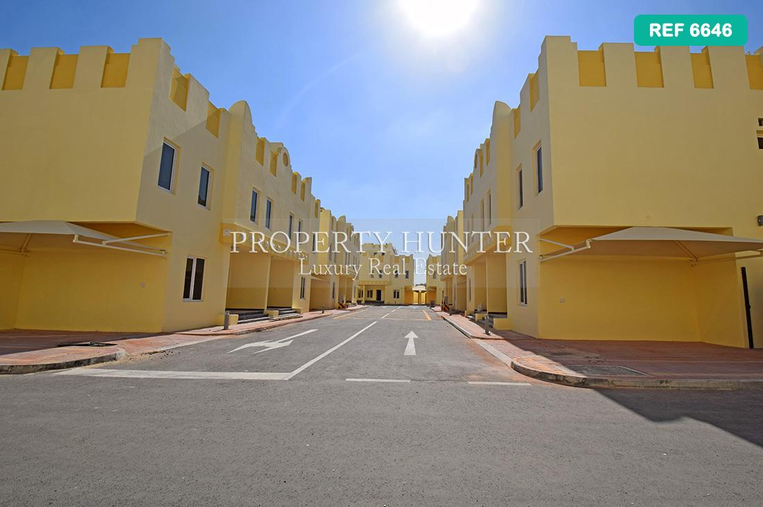 4 Bedroom Villa in compound in Al Sakhama