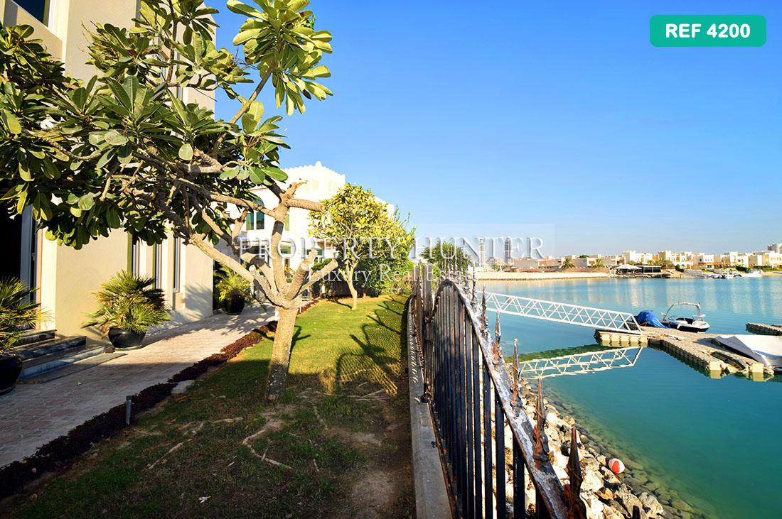 5+Maid Bedroom Villa in compound in Doha - West Bay Lagoon